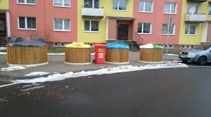 Polopodzemní kontejnery
